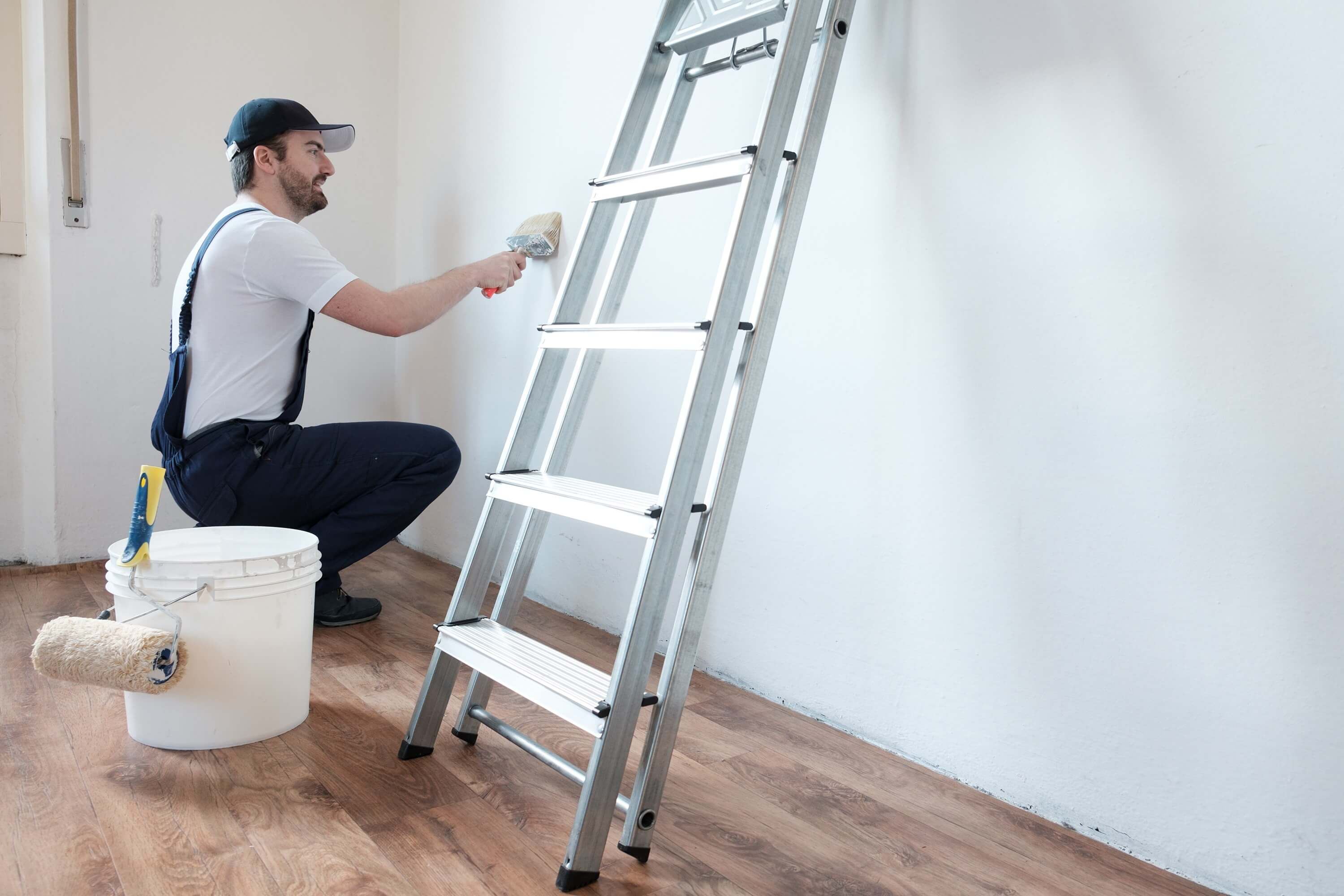 How Often Should Landlords Hire Repaint Specialists?