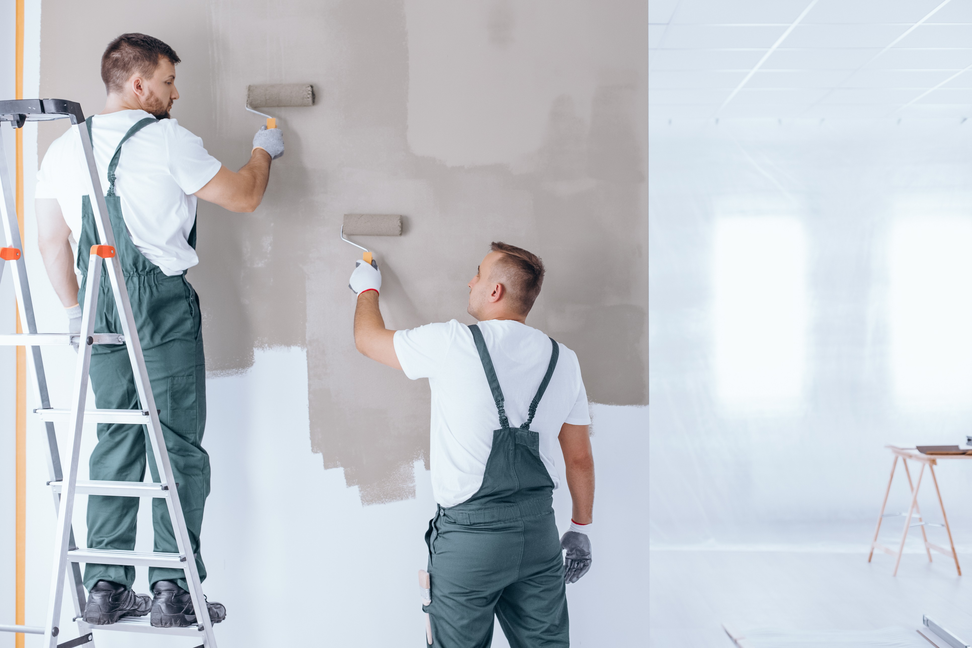 The Benefits of Using Repaint Specialists to Repaint Your Business