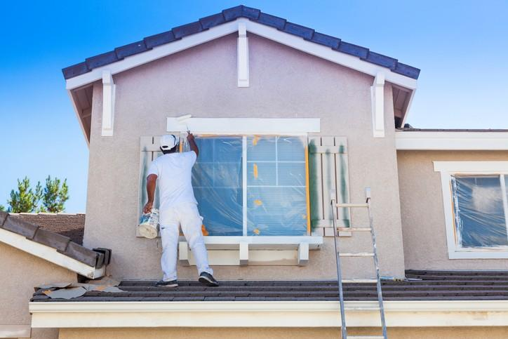 Professional Exterior House Painters: How to Prepare the Outside of Your House